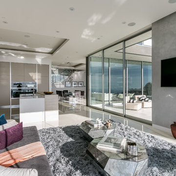 Modern House with breathtaking view. Hollywood Hills.