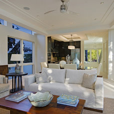 Contemporary Living Room by Laura Hay DECOR & DESIGN Inc.