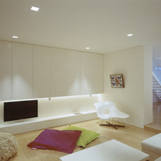 Modern Living Room by Ian Moore Architects
