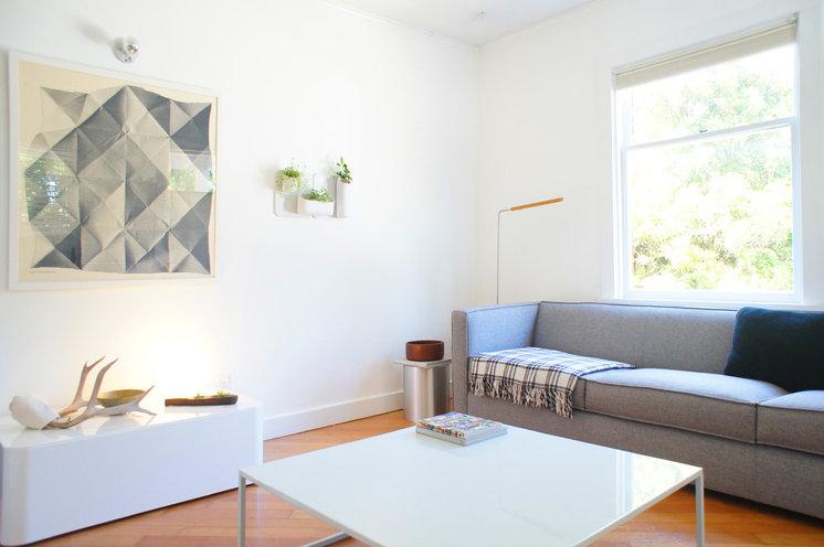 Modern Living Room by J+STUDIO