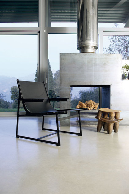 Modern metal fireplaces open world of possibilities for Open sided fireplace