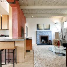 Modern Living Room by WA design