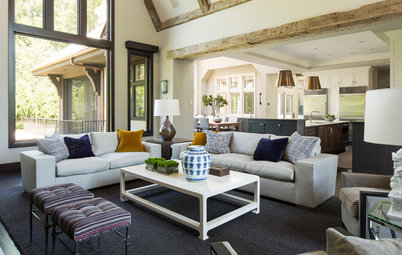 Houzz Tour: Reclaimed Wood Warms a Refined New Home