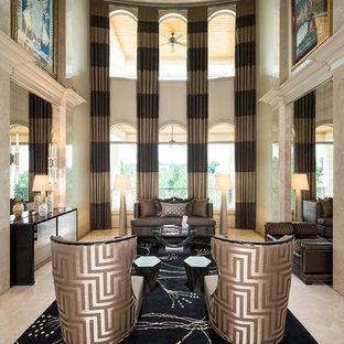 Ejemplo de salón para visitas abierto, actual, grande, sin chimenea y televisor, con paredes beige y suelo de mármol