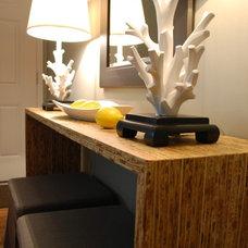 Modern Living Room by Judith Balis Interiors
