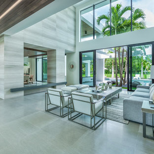 Modern Miami Staging
