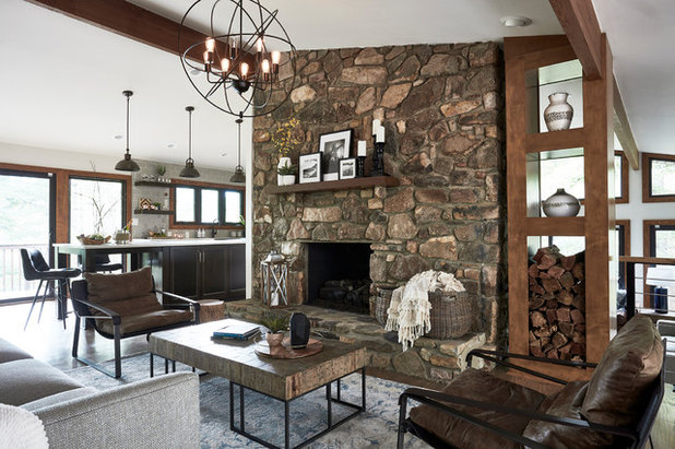 Rustic Living Room by CIRCLE Design Studio