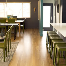 Modern Living Room by Lloyd Architects