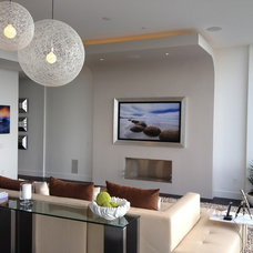 Modern Living Room by Mauricio Nava Design