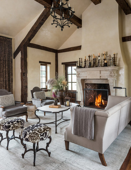 Rustic Living Room by North Fork Builders of Montana, Inc.