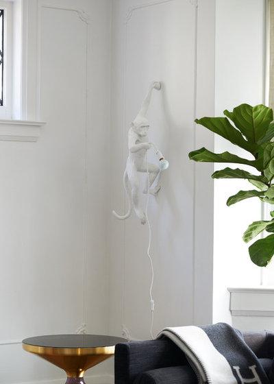 Contemporain Salon by Halman-Margles Interior Design