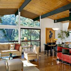 Modern Living Room by Cillesa Interior Design & Space Planning