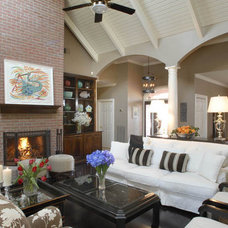 Traditional Living Room Montgomery Roth
