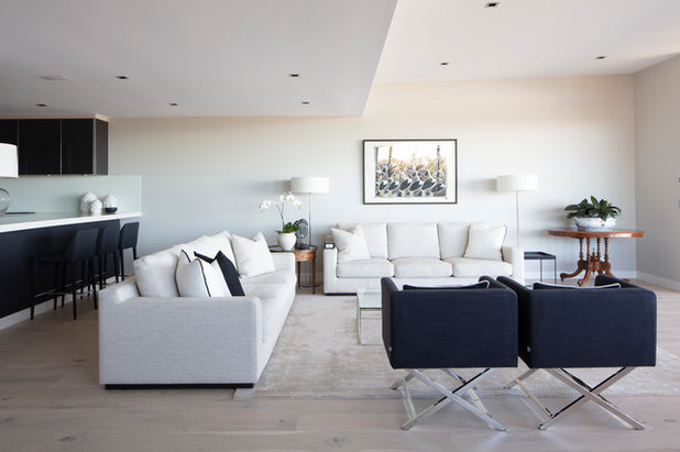 Transitional Living Room by Lynne Bradley Interiors
