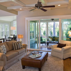 Traditional Living Room by plantation building corp