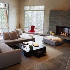Contemporary Living Room by Lohss Construction