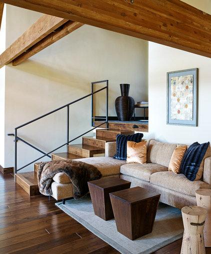 Rustic Living Room by Sierra Sustainable Builders