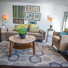 Midcentury Living Room by Muve Real Estate