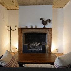 Farmhouse Living Room by Jeni Lee