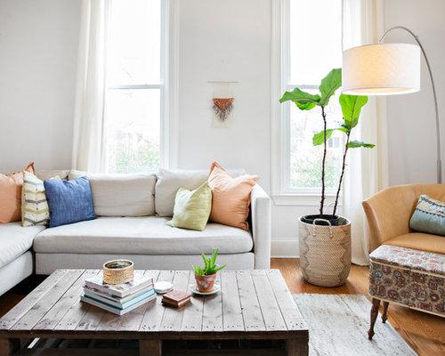 Inspiration For A Southwestern Living Room Remodel In Nashville