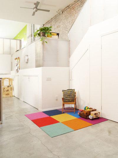 Eclectic Living Room by Nasozi Kakembo (xN Fotography)