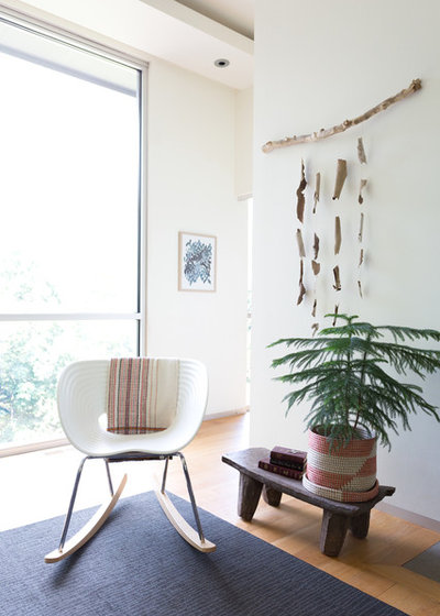 Contemporary Living Room by Jessica Cain
