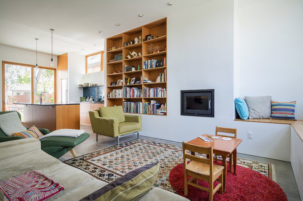 Modern Living Room by Lucy Call