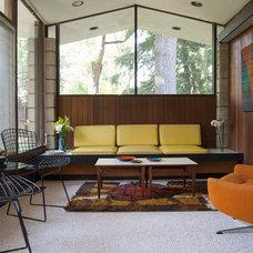 Midcentury Living Room by Adrienne DeRosa