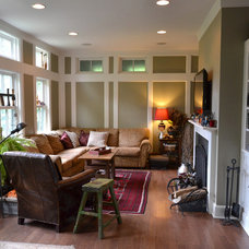 Traditional Living Room by Colleen Brett