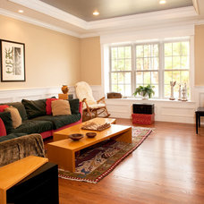 Traditional Living Room by Mary Prince Photography