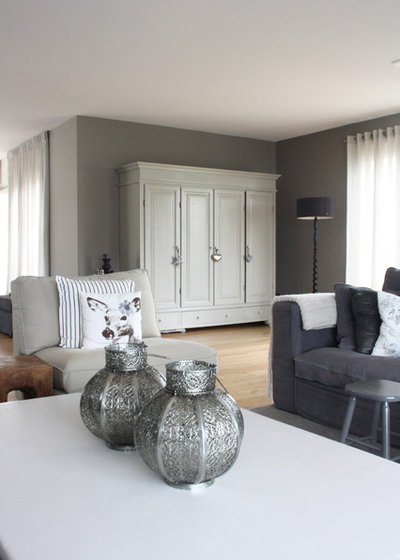 my houzz country chic dutch family home. Black Bedroom Furniture Sets. Home Design Ideas