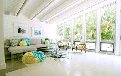 Design Debate: Should You Ever Paint a Wood Ceiling White?