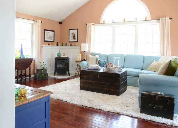 Traditional Living Room by Design Fixation [Faith Provencher]