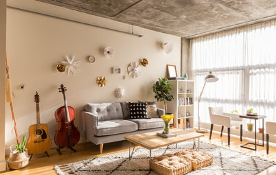 Tiny Houzz: Fashion Pro Brings DIY Charm to a 67-Sq-Mt Flat