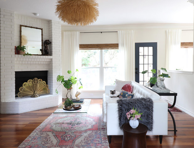 My Houzz: Moody Wall Treatments and Eclectic Style