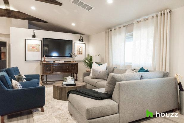 Transitional Living Room by MIDMODERNdesign