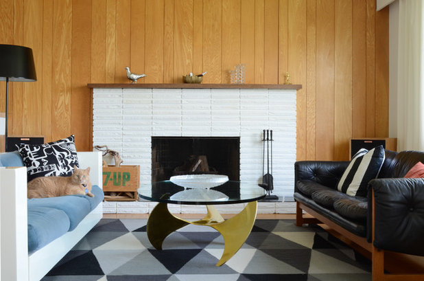 Midcentury Living Room by Jane Vorbrodt