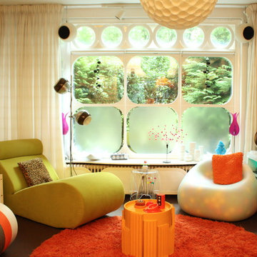 My Houzz: Plastic Is King in an Out-of-This-World Home
