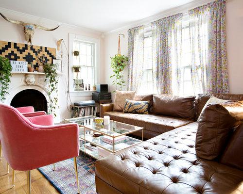 wohnzimmer mit wand tv und rosa wandfarbe ideen design