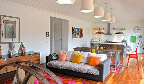 My Houzz: Colourful Quirkiness in a Creekside Cottage