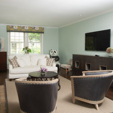 Traditional Living Room by Jason Snyder
