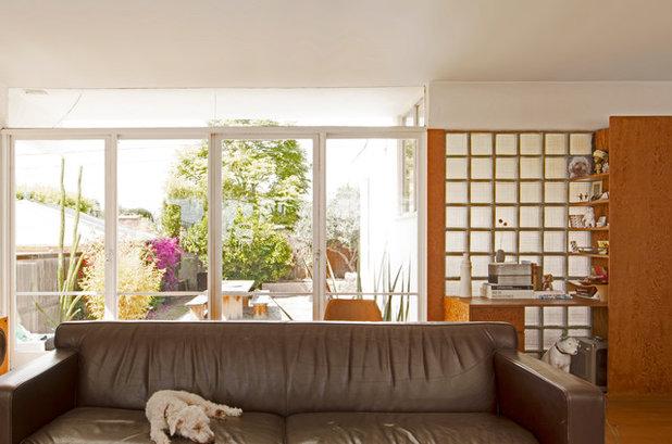 Midcentury Living Room by Carolyn Reyes