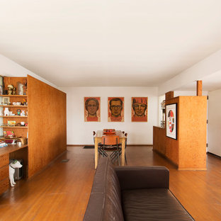 Inspiration for a mid-century modern living room remodel in Los Angeles