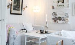 My white Scandinavian home. Splash of colors. Old & new. Always in change.