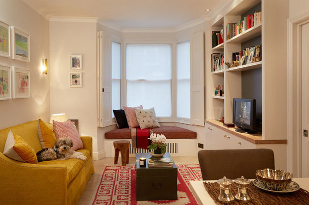 Transitional Living Room by Naomi Astley Clarke