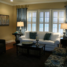 Traditional Living Room by G&G Interior Design