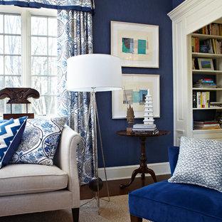 ニューヨークの中くらいのトランジショナルスタイルのおしゃれな独立型リビング (青い壁、濃色無垢フローリング、テレビなし) の写真