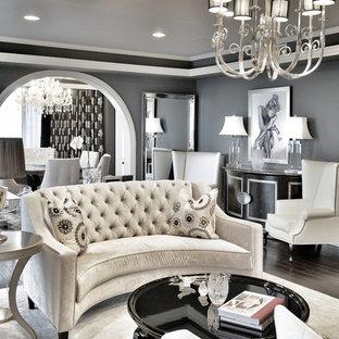 Diseño de salón para visitas clásico renovado, pequeño, sin televisor, con paredes grises y suelo de madera oscura