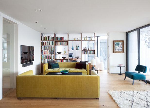 Contemporáneo Salón by Azman Architects