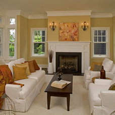Traditional Living Room by Ainslie-Davis Construction
